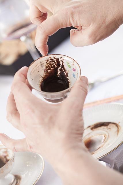 Kaffeesatzlesen_Sladek_Barnard-44