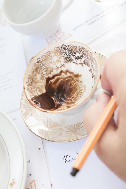 Kaffeesatzlesen_Sladek_Barnard-28